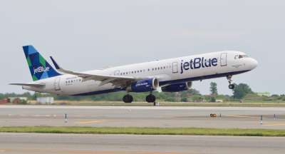 JetBlue Airbus A321 with V2500 engines